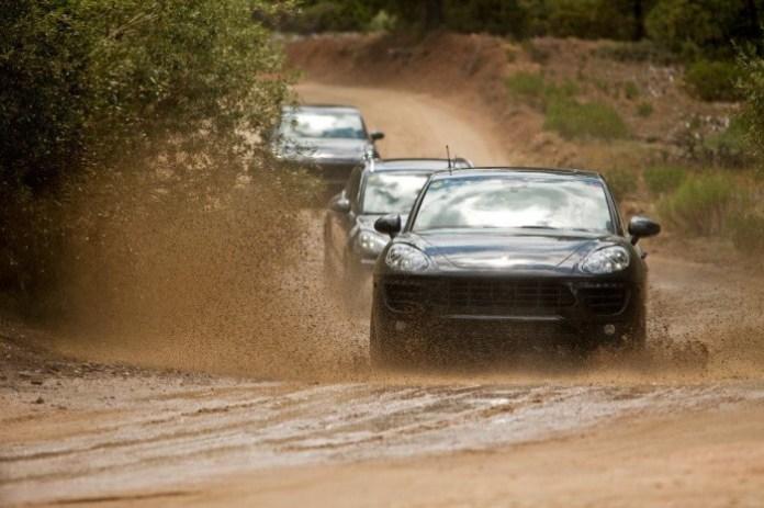 Porsche Macan new teaser images (3)