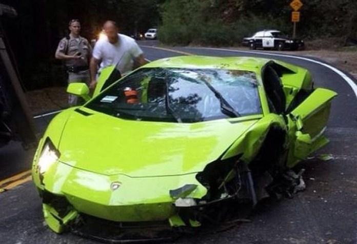Verde Scandal Lamborghini Aventador Flips Over in California (3)