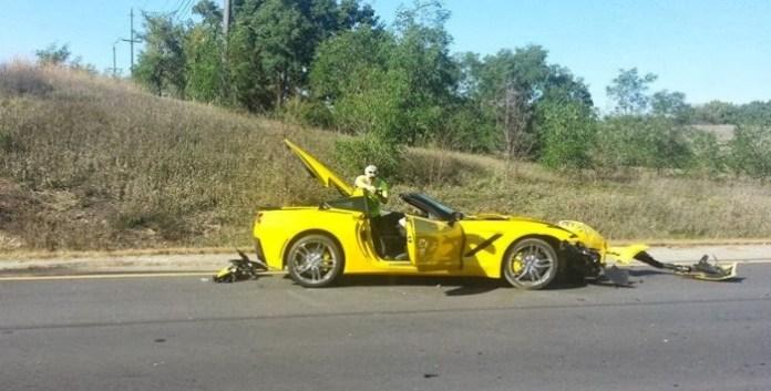 corvette c7 crash (1)