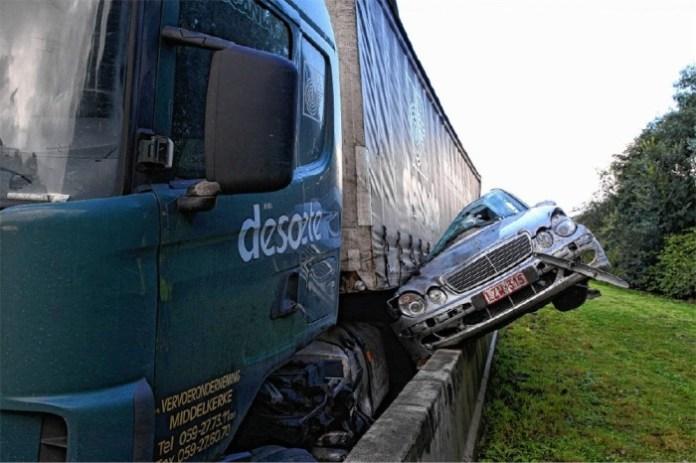 e-class crash