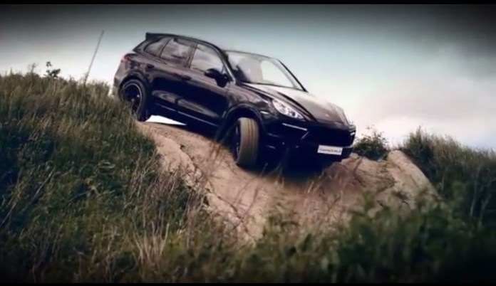 Porsche Cayenne Turbo S off road