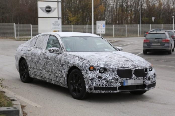 2015-BMW-7-Series-14 (2)