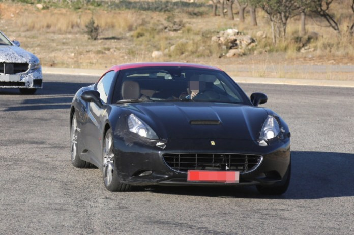 ferrari-california-2015-spy-photos-1