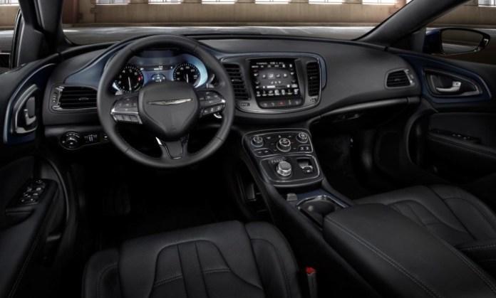 2015-Chrysler-200-78