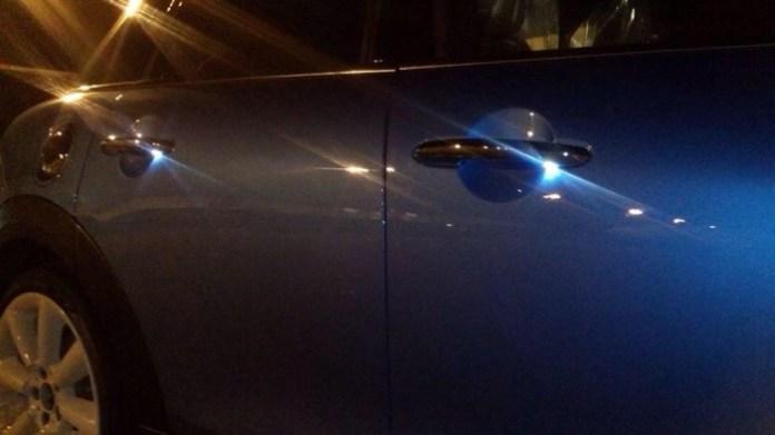 2015 MINI five-door hatchback (2)