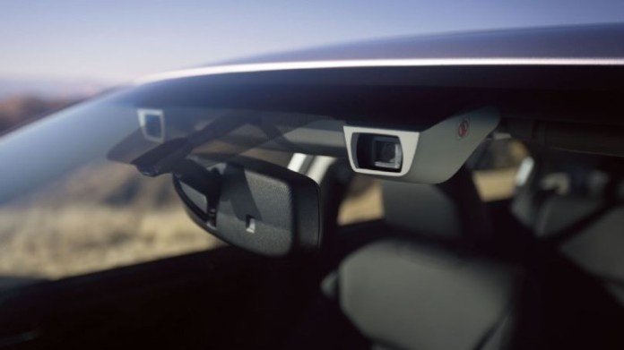 2015-subaru-eyesight-camera-system