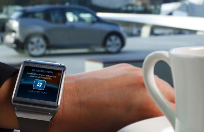 BMW-samsung-galaxy-gear-01