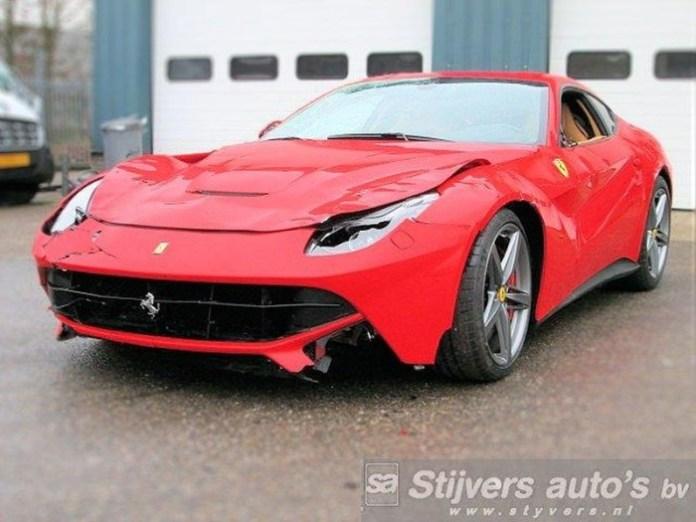 Ferrari-F12b-schade-01