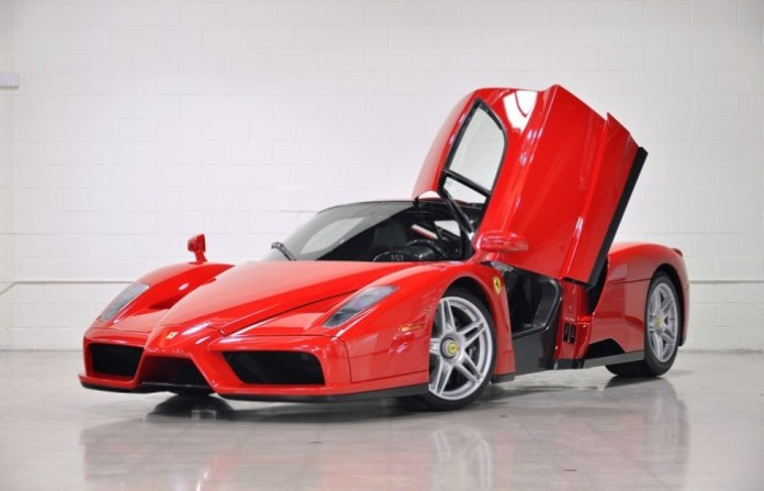 Near-New Ferrari Enzo for sale (1)