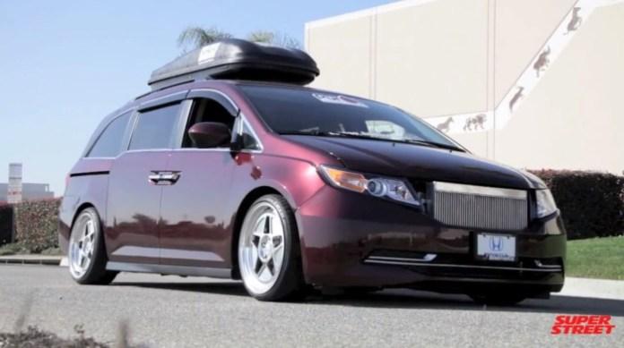 Honda Odyssey by Bisimoto
