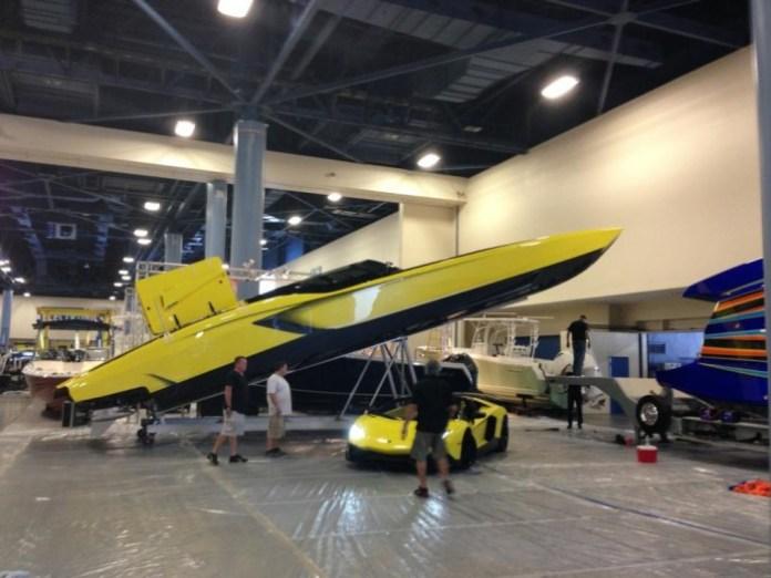 Lamborghini Speedboat (1)
