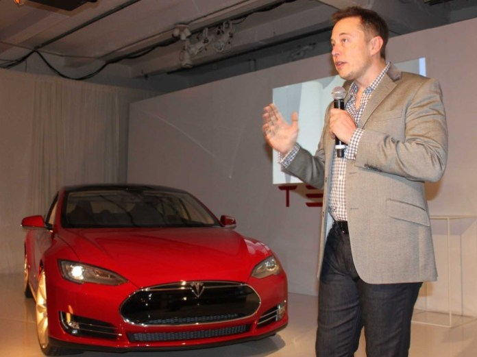 how-elon-musk-is-revolutionizing-two-major-industries-at-the-same-time