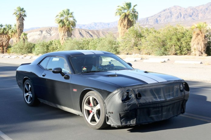 2015-Dodge-SRT8-Hellcat-prototype-2