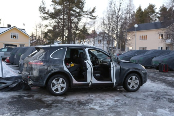 2015 Porsche Cayenne facelift spy photo (7)a