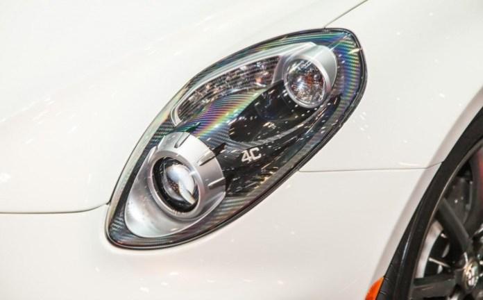 Alfa-Romeo-4C-6881-700x434