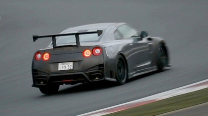 Climbing Fuji Speedway: Nissan GT-R NISMO N-Attack package