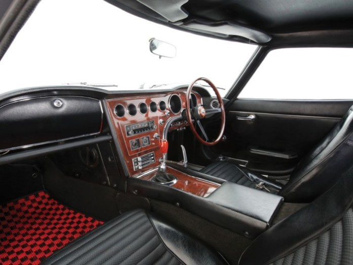 ultra-rare-red-toyota-2000gt-up-for-auction-79019_5