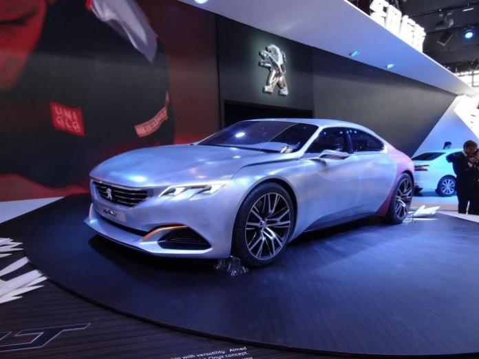 Peugeot Exalt Concept live in Beijing 2014 (2)