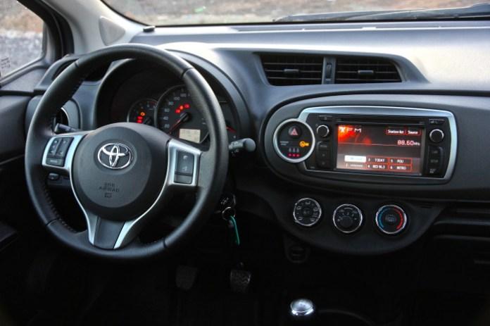 Test_Drive_Toyota_Yaris_Diesel_15