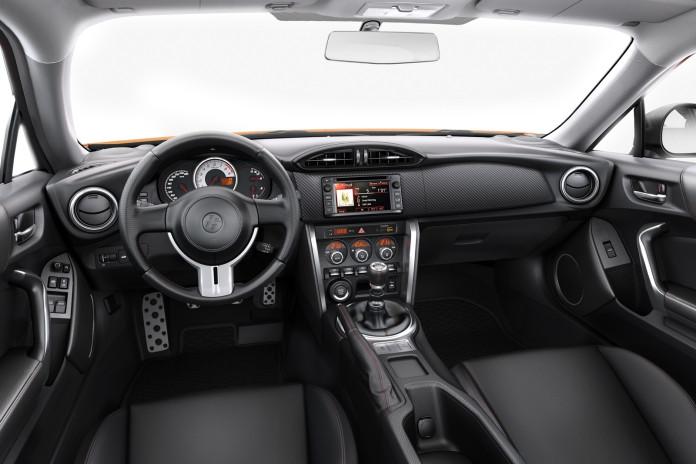Toyota GT86 my2015jpg (3)