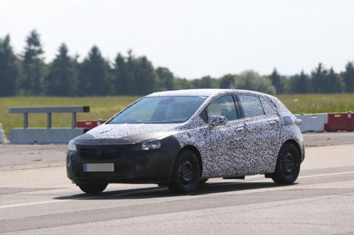 Opel Astra 2016 Spy Photos
