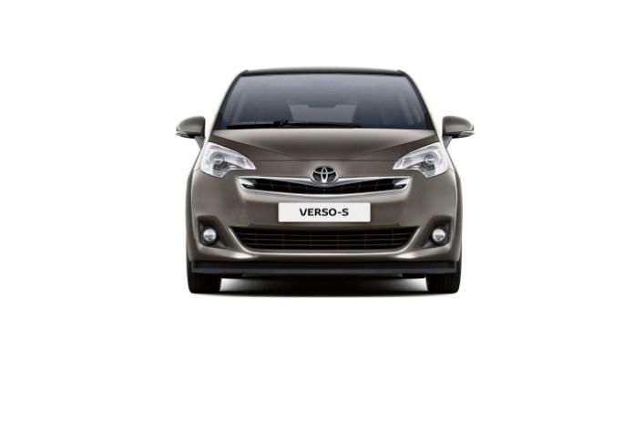 Toyota Verso-S 2014 (3)
