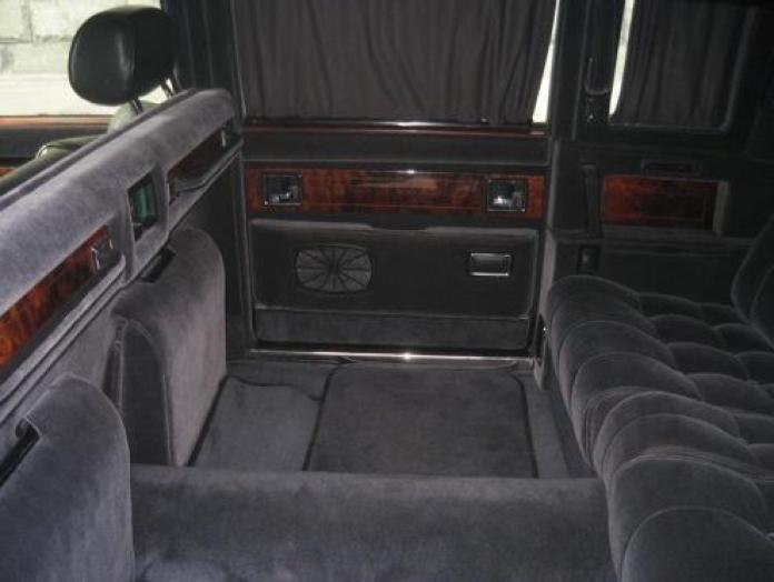 1989 ZIL limo (4)