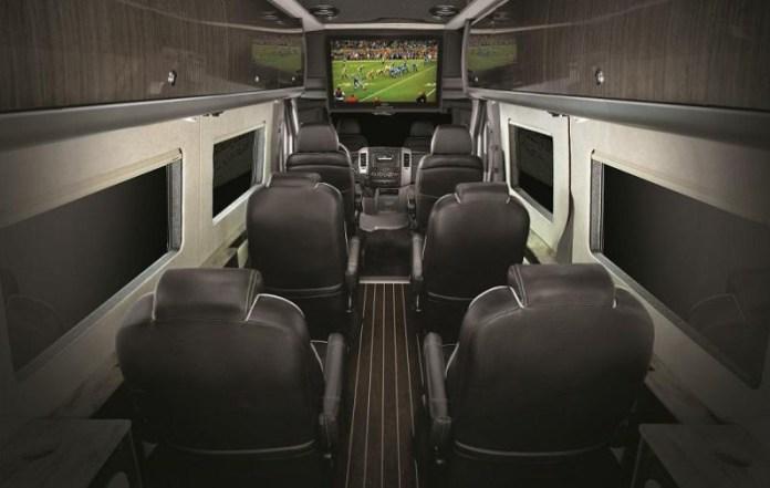 Airstream Autobahn 2