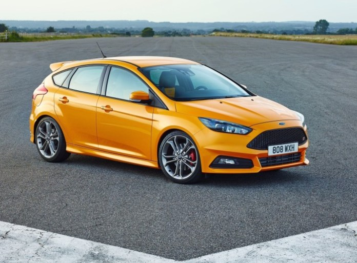 Ford-Focus_ST_2015_1600x1200_wallpaper_01 (1)