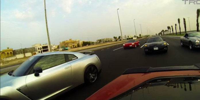 Twin Turbo Corvette battles 800+HP GTR and GSXR1000