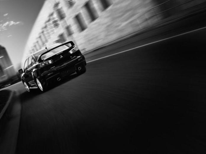 2015 Mitsubishi Lancer Evo (2)