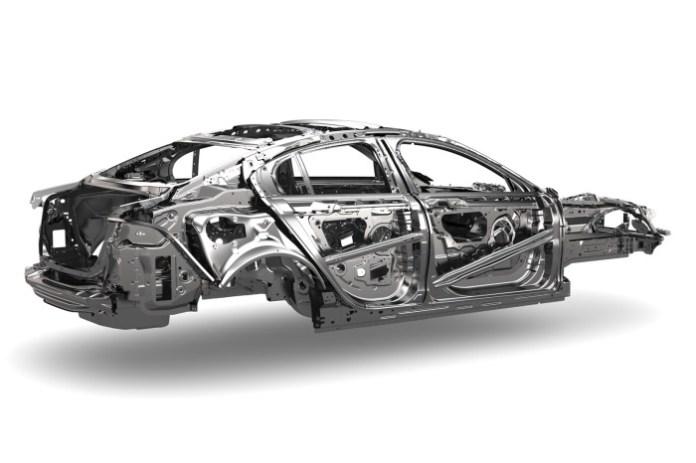 Jaguar XE Chassis (2)