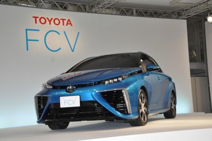 Toyota FCV 2015 production body