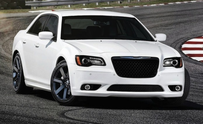 chrysler-300-srt8-1319340903-22856