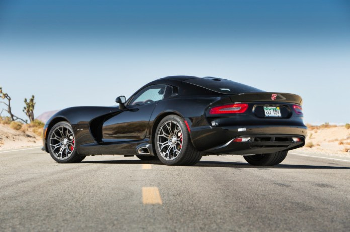 2014-srt-viper-gts-rear-three-quarters