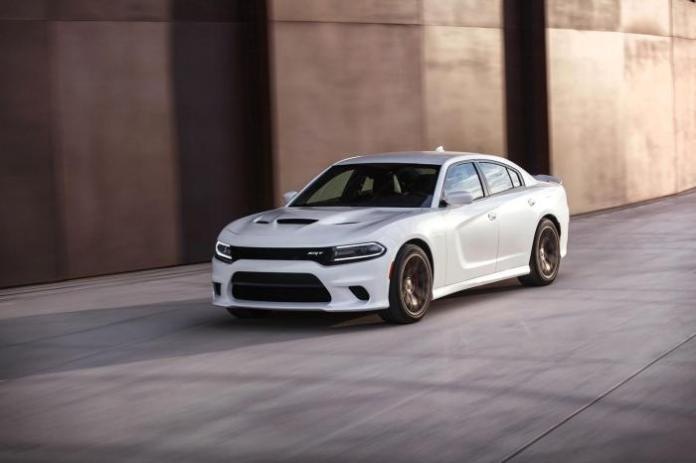 2015 Dodge Charger SRT Hellcat_68