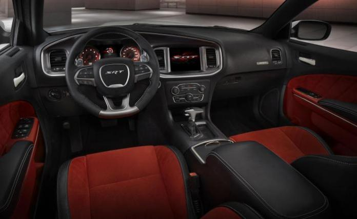 2015 Dodge Charger SRT Hellcat_85