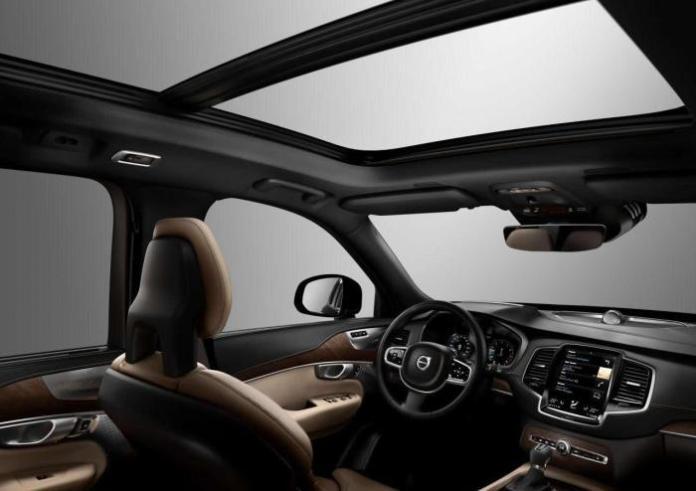 2015 Volvo XC90_76