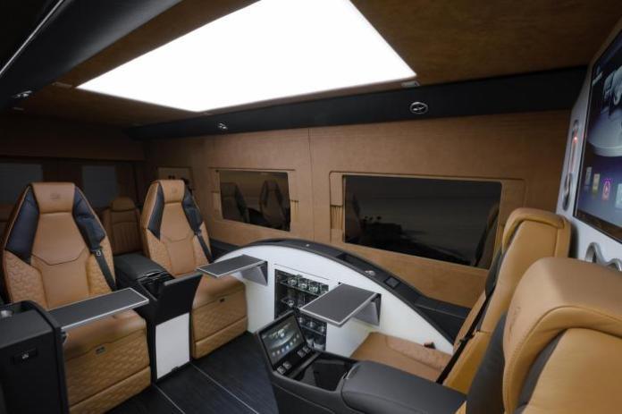 Brabus Business Lounge 18