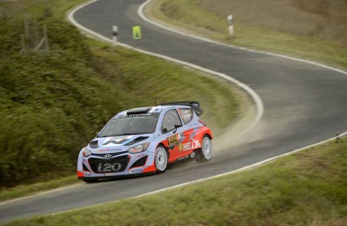 Thierry_Neuville_Rallye_Deutschland_Hyundai_i20_WRC_Action_3
