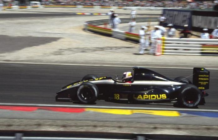 Η Γαλλική AGS-Ford ήταν άλλη μια από τις ομάδες που δυσκολεύτηκαν να προκριθούν σε GP. Η φωτογραφία είναι από τον αγώνα στο Paul-Ricard, όπου ο Yannick Dalmas τερμάτισε 17ος.