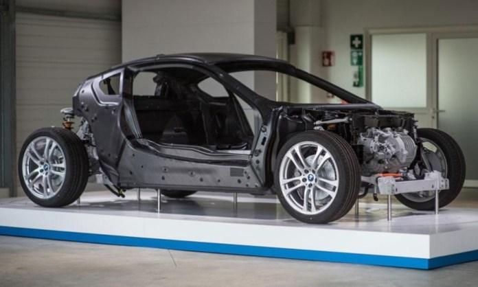 BMW-i8-Prototype-Drive-Review-Carbon-Fiber-Shell