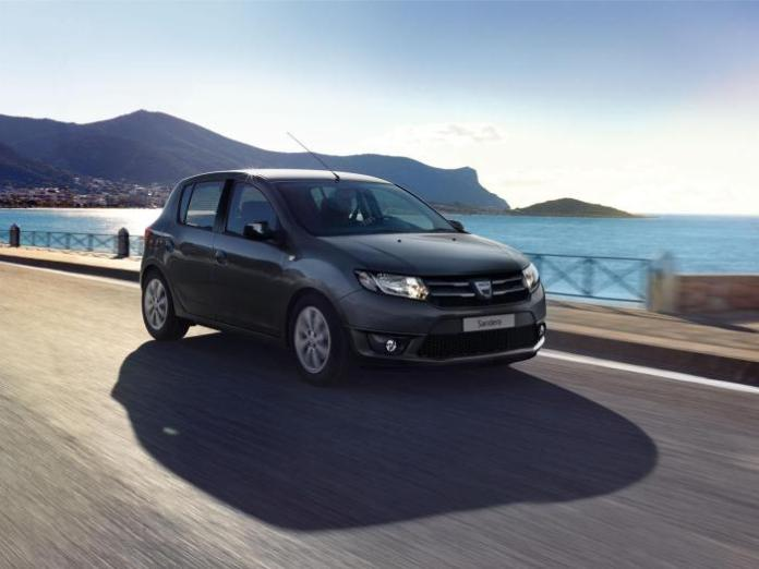 Dacia Duster Air and Sandero Black Touch (9)