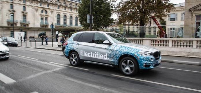 BMW X5 Concept eDrive spotted in Paris (2)