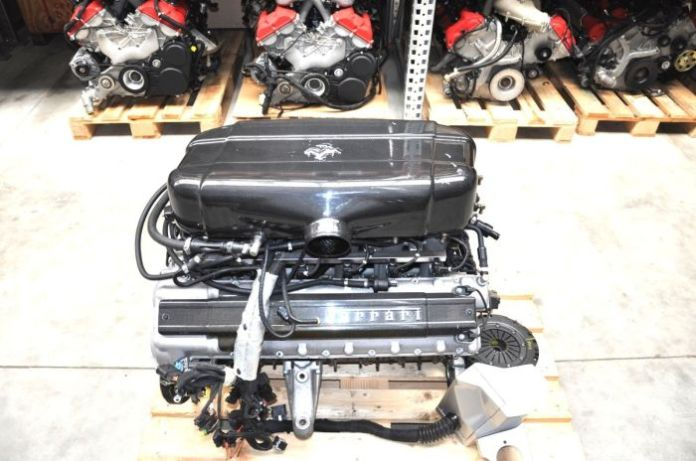 Ferrari Enzo V12 Engine (3)