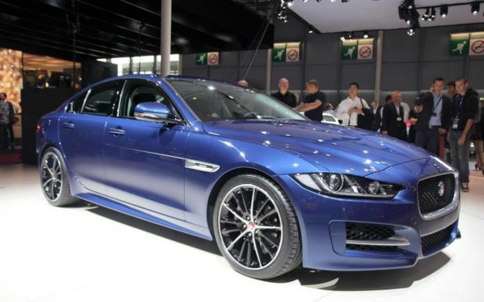 Jaguar XE Live in Paris 2014 (4)