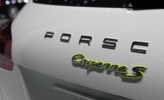 porsche-cayenne-s-e-hybrid-3134