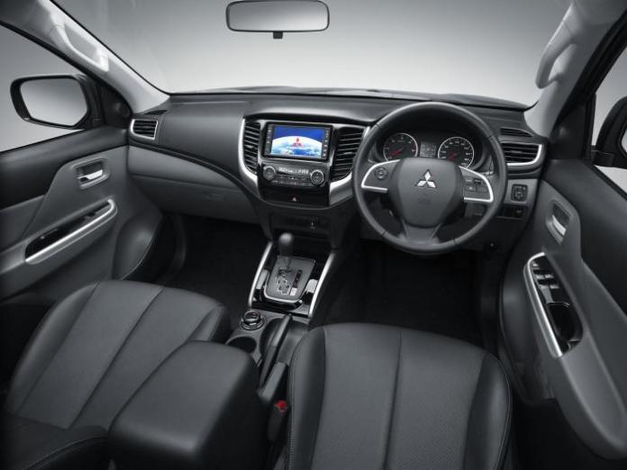 2015 Mitsubishi Triton 21
