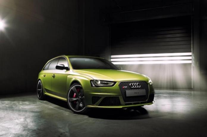 Audi Exclusive RS 4 Avant 1