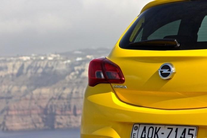 First_Drive_Opel_Corsa_Santorini_29